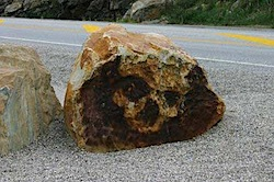 skull_boulder.jpg